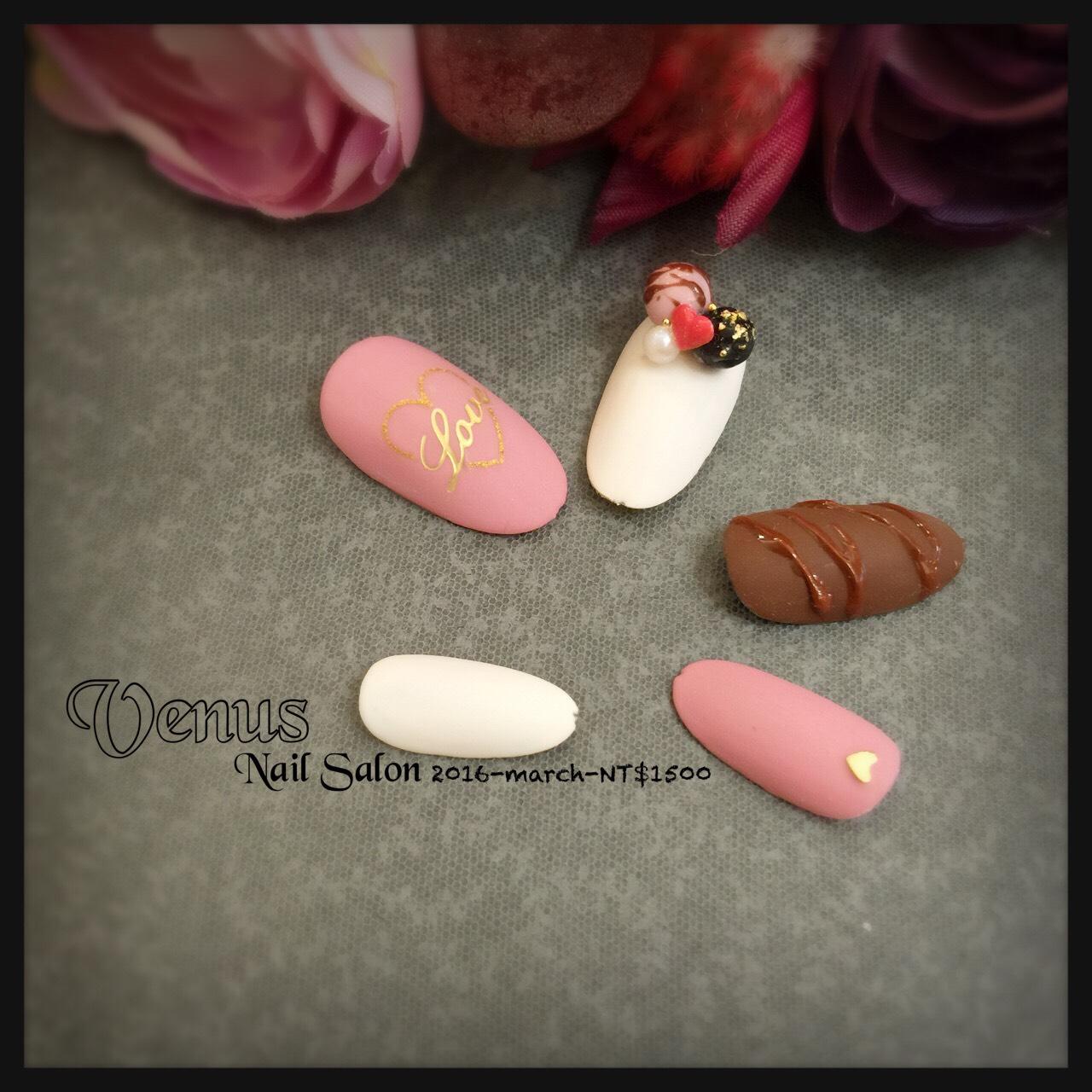 台北中山捷運站指甲光療-東京迪士尼圓夢旅行,睡美人指尖 Sleeping Beauty nailstyle!